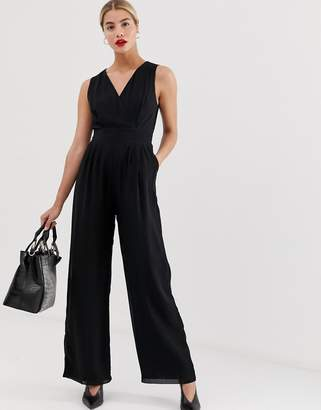 Yumi tailored v neck jumpsuit