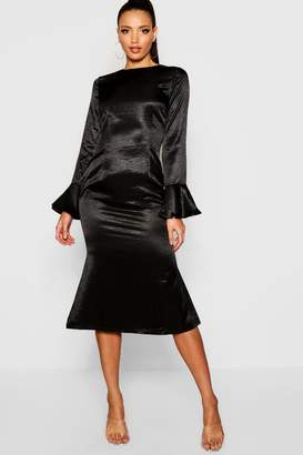 boohoo Satin Flared Sleeve Midi Dress