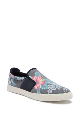 Call it SPRING Gallyllan Slip-On Sneaker
