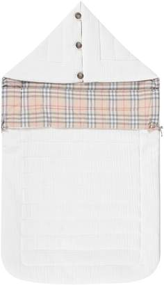 Burberry White Babykids Sleepink Bag