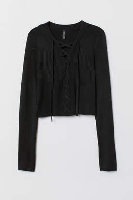 H&M Short Sweater with Lacing - Black