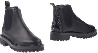 Leather Crown Ankle boots - Item 11308648KC