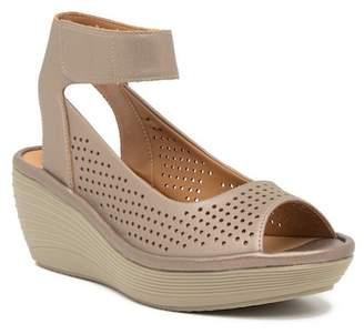 Clarks Reedly Salene Leather Wedge Sandal