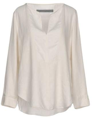 flared ruffle blouse - White Raquel Allegra Collections Cheap Price Discount Finishline New Arrival Sale Online 3R4pRV9jt1