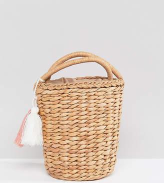 Glamorous Circular Straw Bag With Tassel