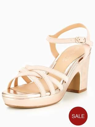 Head Over Heels Jaclyn Through Platform Sandal - Rose Gold