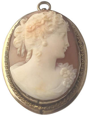 One Kings Lane Vintage 1930s Shell Cameo of Lady Gold Pendant - Owl's Roost Antiques