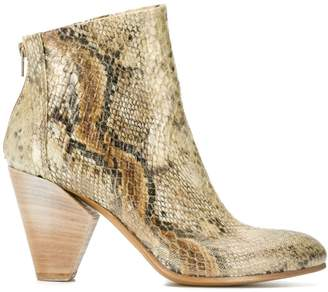 Strategia snakeskin effect ankle boots