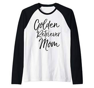Golden Retriever Cute Dog Mother Gift for Women Cute Mom Raglan Baseball Tee