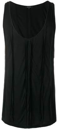 Unconditional sleeveless tank top