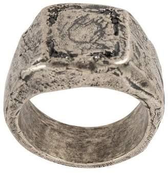 Tobias Wistisen embossed design square ring
