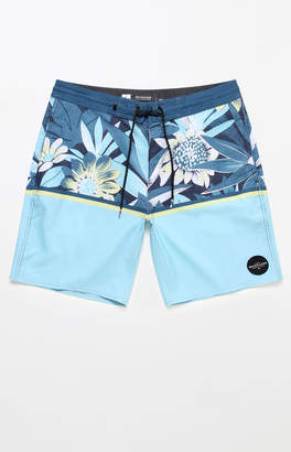 "Quiksilver Country Vibes 18"" Boardshorts"