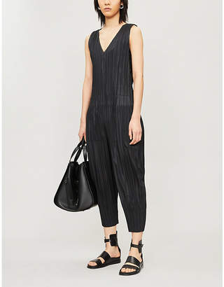 Pleats Please Issey Miyake Sleeveless wide-leg pleated jumpsuit