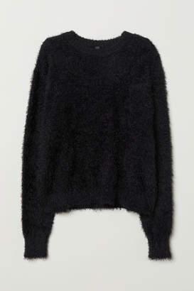 H&M Fluffy Sweater - Black