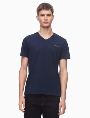 Calvin Klein regular fit pima cotton v-neck logo t-shirt