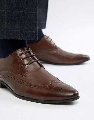 New Look Brogue With Embossed Detail In Dark Brown