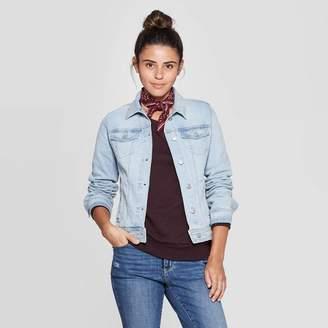 Universal Thread Women's Essential Freeborn Denim Jacket Blue