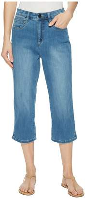 FDJ French Dressing Jeans Coolmax Denim Peggy Capris in Chambray Women's Jeans