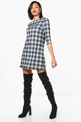 boohoo Monochrome Check 3/4 Sleeve Shift Dress