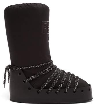 Fendi Velvet Logo Snow Boots - Womens - Black