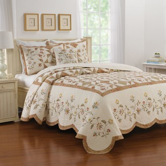 Always Home Caroline Bedspread