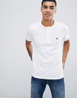 Abercrombie & Fitch icon logo henley t-shirt in white