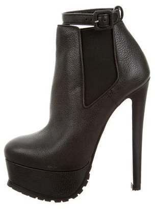 Vera Wang Leather Platform Booties w/ Tags $245 thestylecure.com
