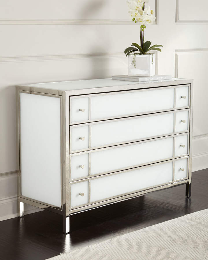 Bernhardt Bernhardt Darcey 4-Drawer Chest