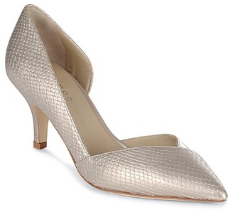 HOBBS LONDON Alice Pointed Toe Court Pumps $275 thestylecure.com