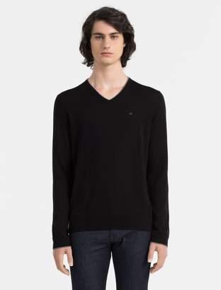 Calvin Klein slim fit merino wool logo v-neck sweater