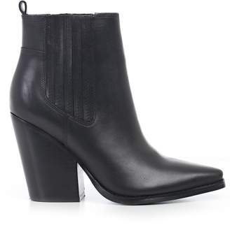 KENDALL + KYLIE Classic Ankle Boots