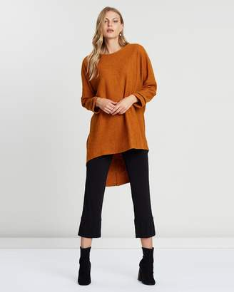Batwing High-Low Top
