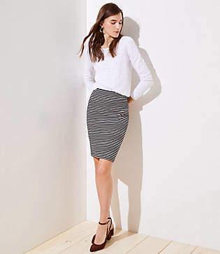 5c054af9de LOFT Striped Pull On Pencil Skirt