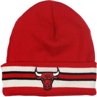 4e6306c967baf Mitchell   Ness Mitchel   Ness Men s Chicago Bulls Team Stripe Beanie