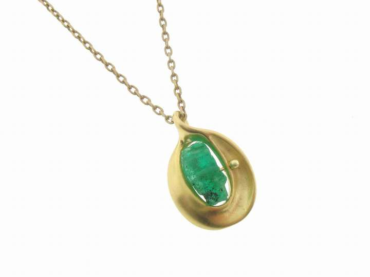 Ten Thousand Things Tiny Emerald Pod in 18 Karat Gold