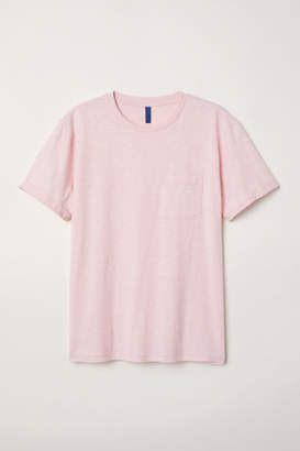 H&M T-shirt with Chest Pocket - Pink