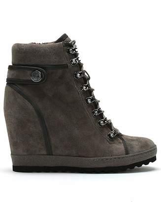 3587e403f72f Daniel Footwear Daniel Pepler Wedge High Top Trainers