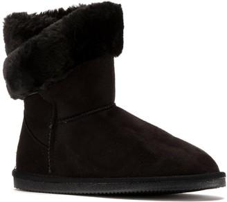 Lamo Apres by Wrap Cuff Women's Boots