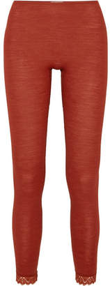 Hanro Leavers Lace-trimmed Wool And Silk-blend Jersey Leggings - Claret