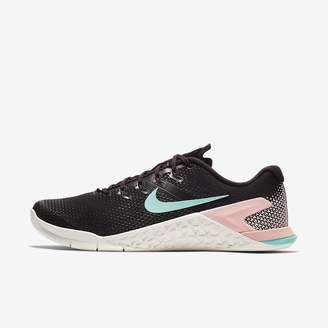 Nike Metcon 4 Champagne Women's Cross Training/Weightlifting Shoe