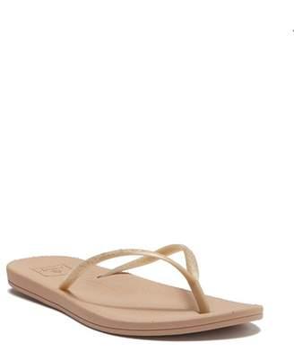 93817fe2f18d Gold Flip Flops Reef - ShopStyle