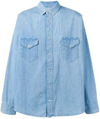 a9f1c12f54e2 at Farfetch · Levi's Made & Crafted oversized denim shirt
