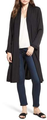 Cupcakes And Cashmere Farley Satin Duster
