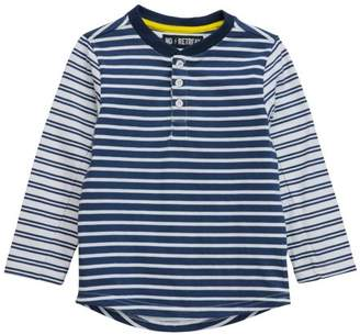 No Retreat Boys' Long Sleeve Double Stripe Henley T-Shirt