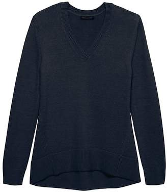 Banana Republic Supersoft Cotton Blend Boyfriend V-Neck Sweater