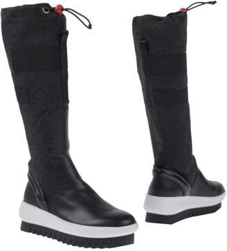 Clone Boots