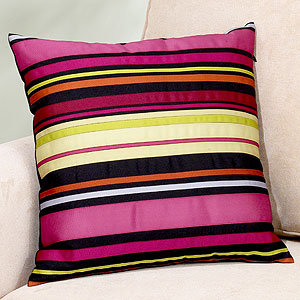 Modern Family Pillows : Ask Casa: Where Can I Find These Modern Family Pillows? POPSUGAR Home
