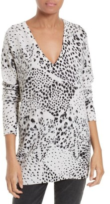 Women's Equipment Asher Cashmere Pullover $318 thestylecure.com