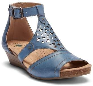 Earth Hermia Leather Wedge Sandal