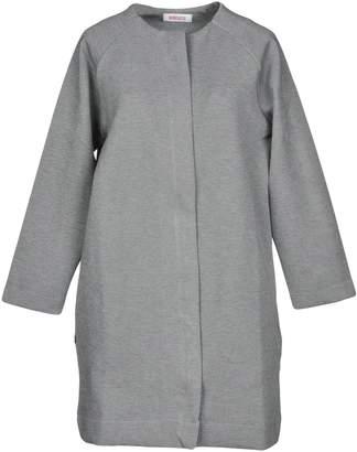 Kontatto Coats